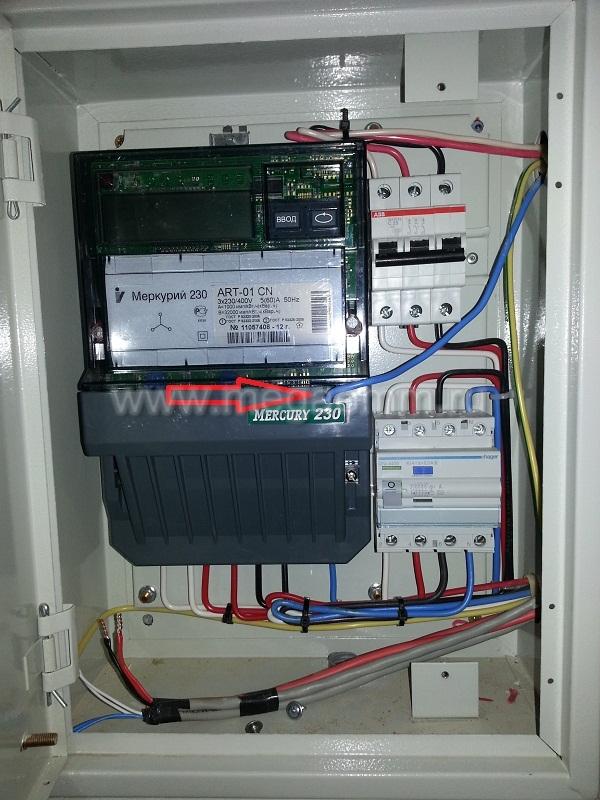 Во всех щитах кроме электросчётчиков МЕРКУРИЙ-230 установлены автоматические выключатели с током срабатывания 25...
